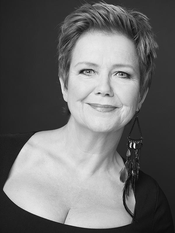Mathilde Santing